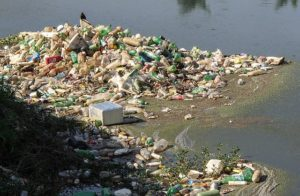 Drowning in waste, marine waste - WOIMA Corporation