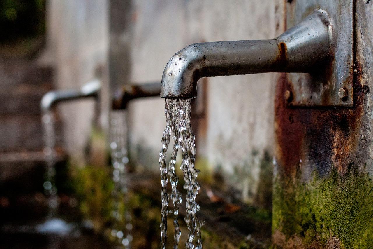 Faucet, running clean water- WOIMA Corporation